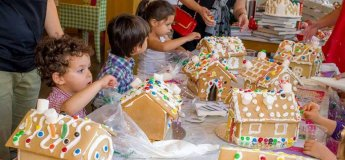 Winter Wonderland Story Time & Gingerbread House Decorating